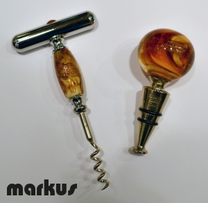 SET OF STOPPER AND CORKSCREW AMBER COLOR
